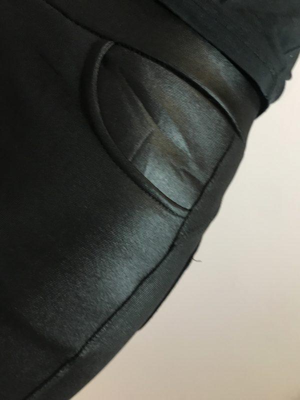 női ruha bőr hatású fekete leggings zsebes