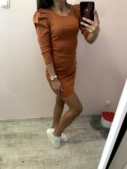 buggyos ruha
